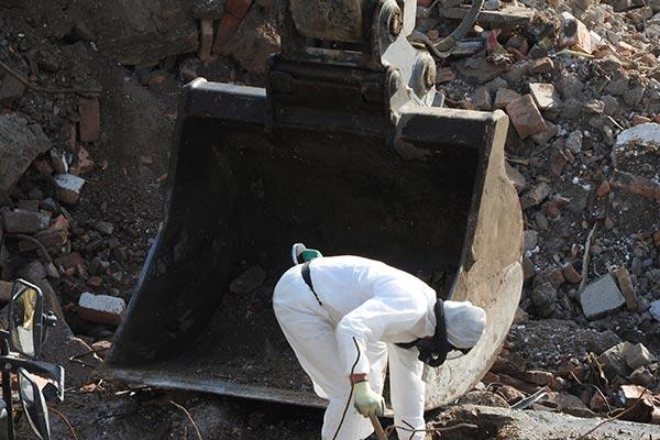 anacontracting-asbestos-removal-service